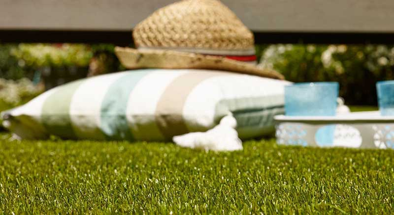 Synthetic grass for Indoors and Outdoors